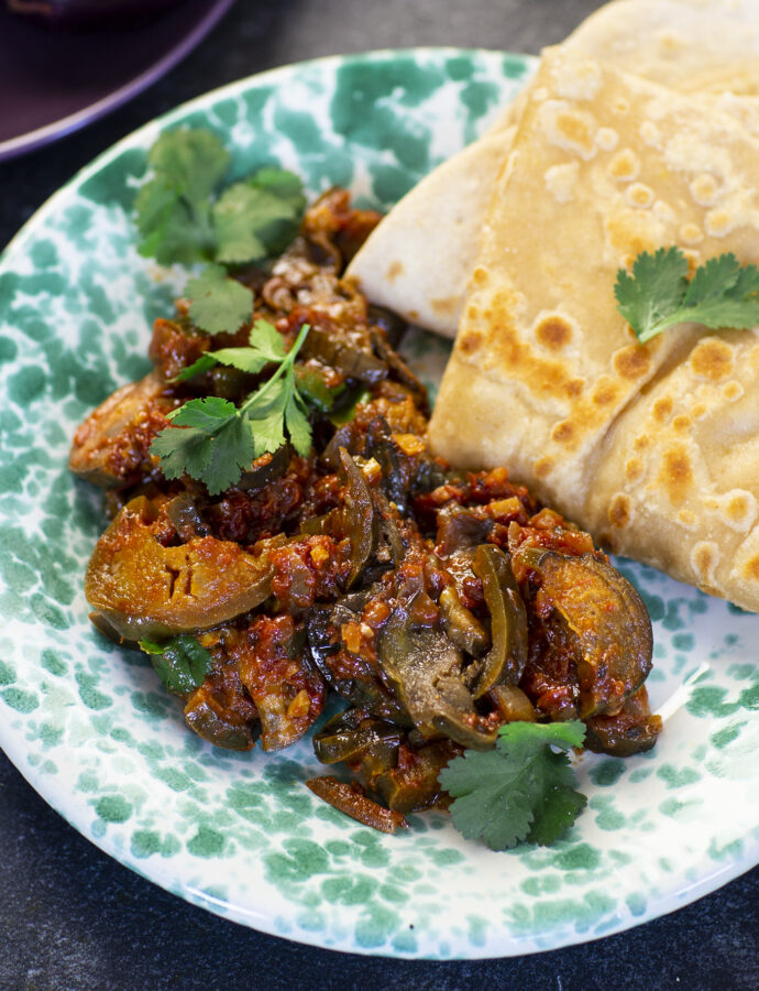 Baingan aachari – indisk sötsyrlig aubergine