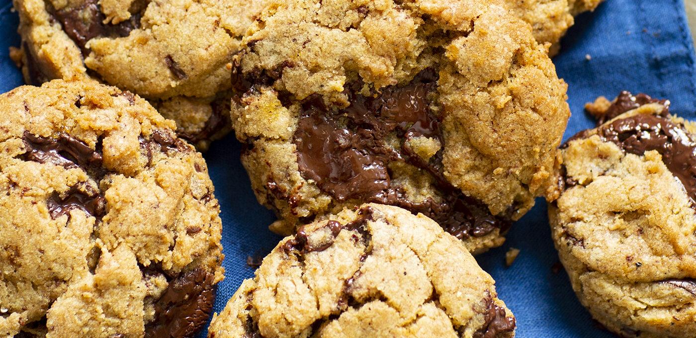 Chai masala chocolate chip cookies